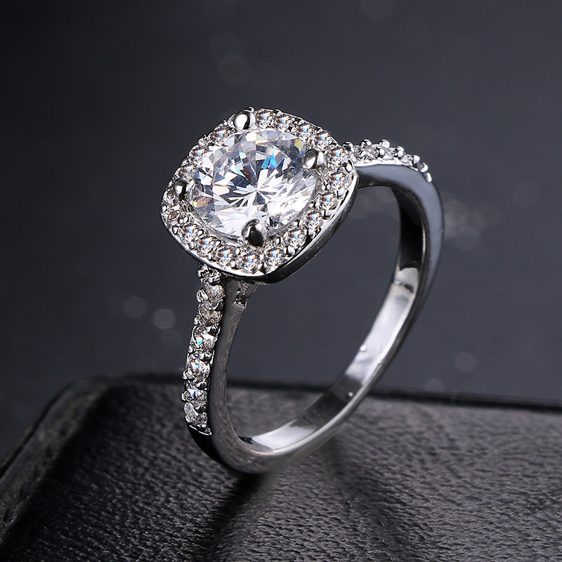 Emmaya Romantic High Quality Round Zircon Ring Smoothly Paved Women Finger Ring Real White Gold Color Crystal Ring Wedding Gift