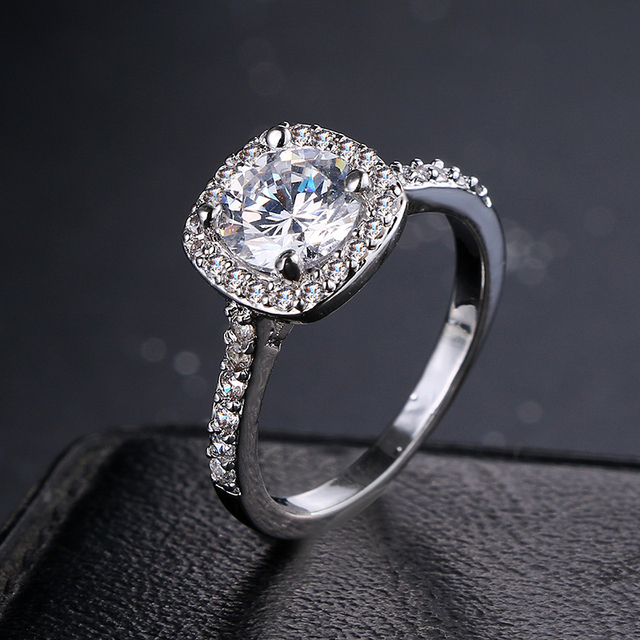 Emmaya Romantic High Quality Round Zircon Ring Smoothly Paved Women Finger Ring