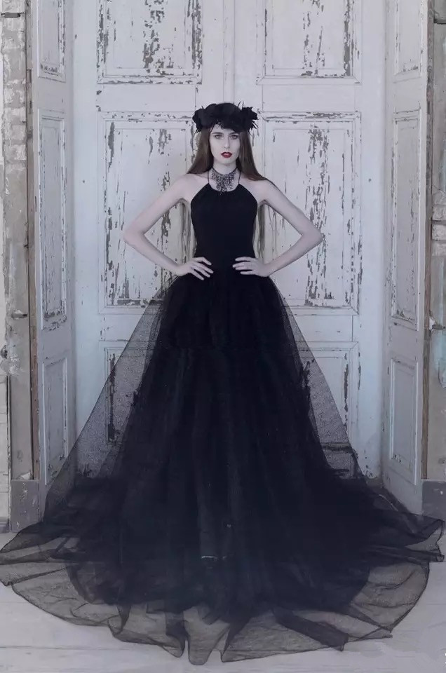 2017 sexy vintage gothic wedding dresses backless criss for Vintage gothic wedding dresses