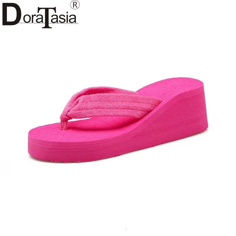DoraTasia Új női sík flip flopok kívül ékkel strand sekély - Női cipő