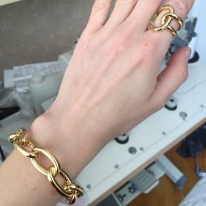 Image 2 - VAROLE سلسلة الإناث سوار الذهب اللون أساور للنساء مجوهرات هدايا Noeud شارة Pulseiras