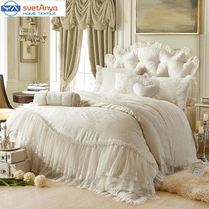 Beige Queen Size Bedspreads