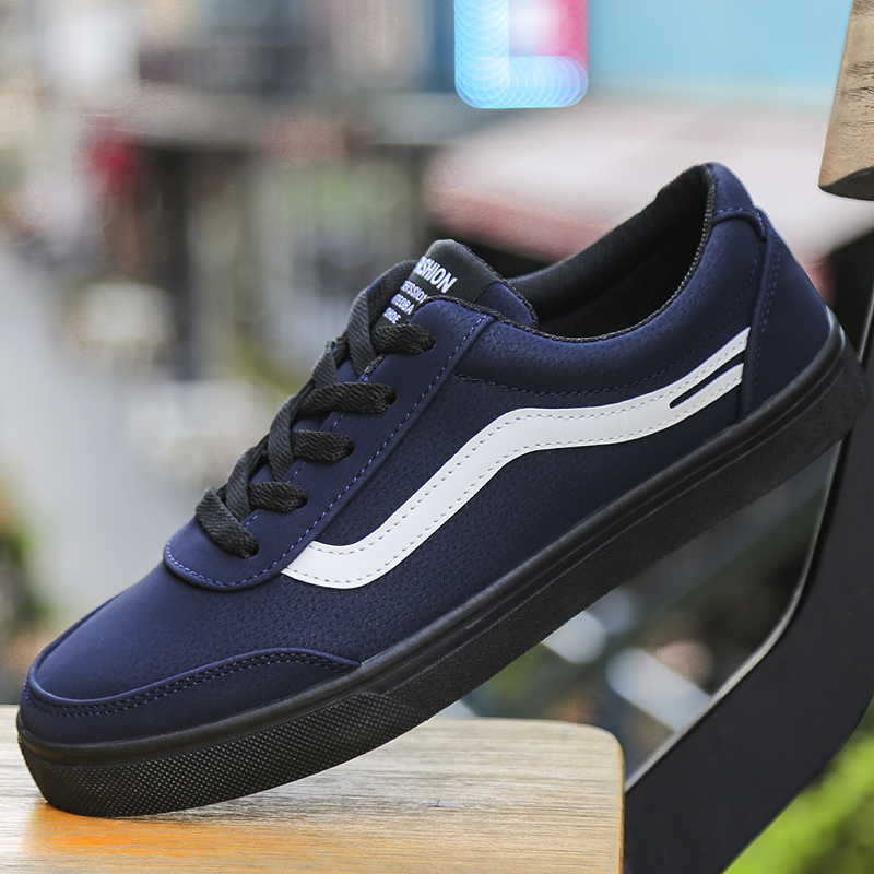 2018 Spring & Summer New Style Contrast Stripe Men Skateboarding shoes Male Athletic Breathable Sport Outdoor Walking Sneakers
