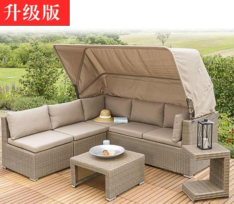 Outdoor Rattan Garden Sofa Set for Comfortable Alfresco Drinking Time / Soft Pillows and Cushion Included