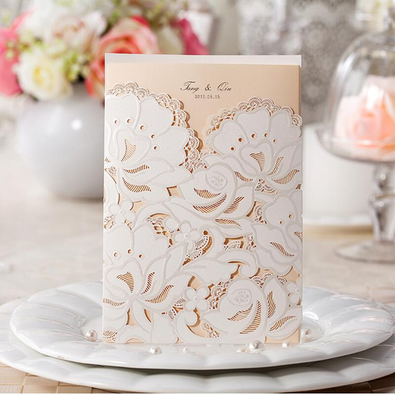 ФОТО 50pcs/pack Customize Wedding Invitations Flower Hollow Patterns Cards Laser Cut Elegant Birthday Invitation Card Free Shipping