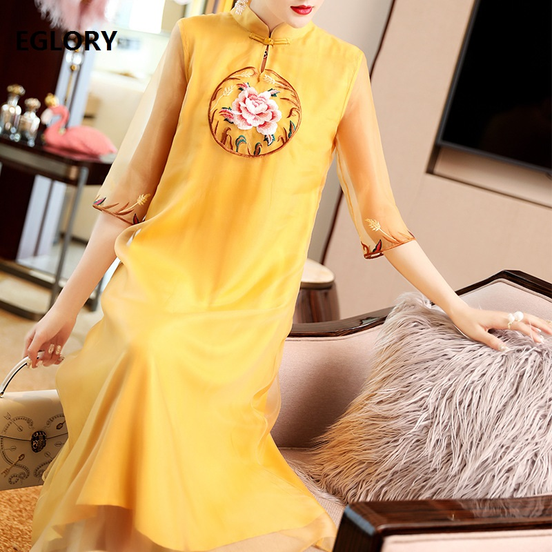 Top qualité marque Chinsese Style robe femmes broderie luxueuse 3/4 manches mi-mollet longueur blanc jaune robe grande taille XXL