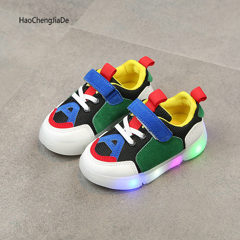 Children's Shoes With Light Princess Girls Glowing Sneakers Autumn Breathable Fashion Boys Shoes Canvas LED Soft Girls Shoes
