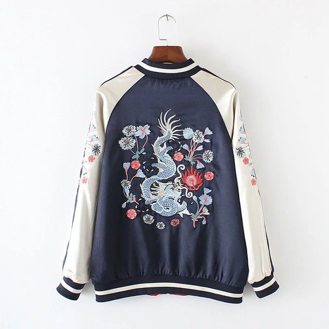 5aabfcc38 US $53.52  Fashion New Patchwork Women Jackets Top 2017 China Style Dragon  Pattern Embroidery Bomber Jacket Women Reversible Baseball Coats-in Basic  ...