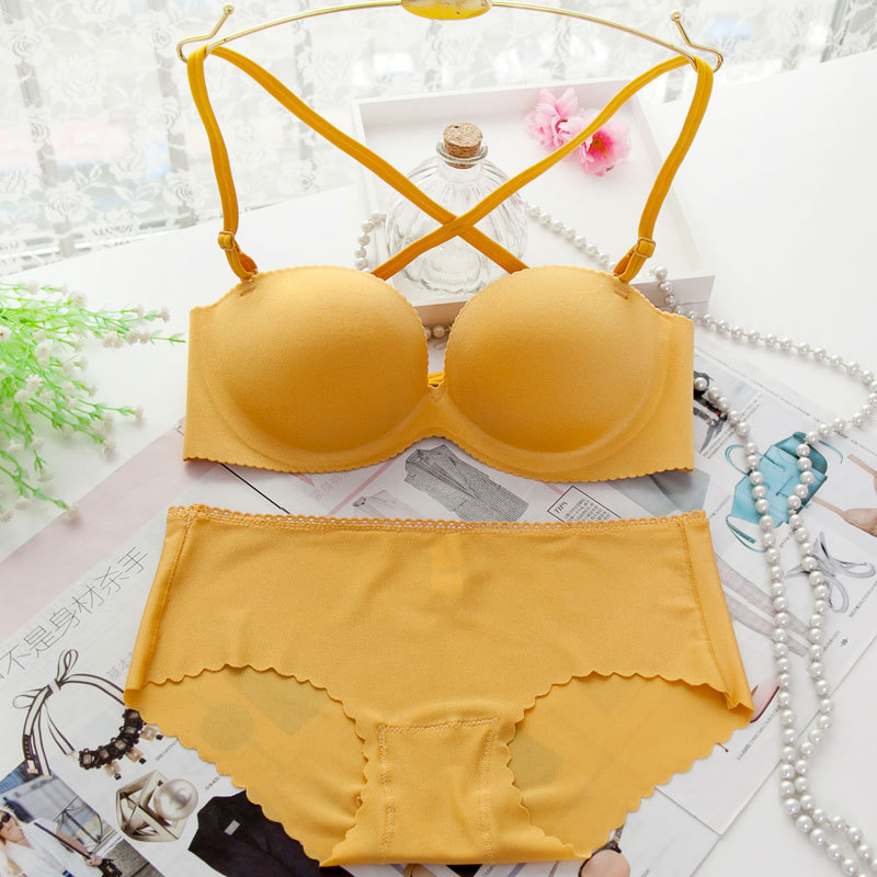 2017 hot sale Sexy womens Solid color Smooth bra set push up Sexy Deep V 1/2 cup Seamless bra and Comfortable Panty set