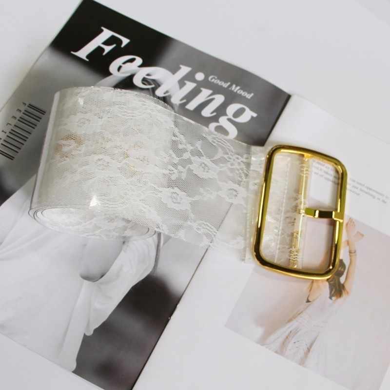 TWOTWINSTYLE 2019 جديد أزياء PVC النساء مشبك Cummerbund الدانتيل نمط واسعة حزام الإناث المد حزام الوسط ملابس اكسسوارات