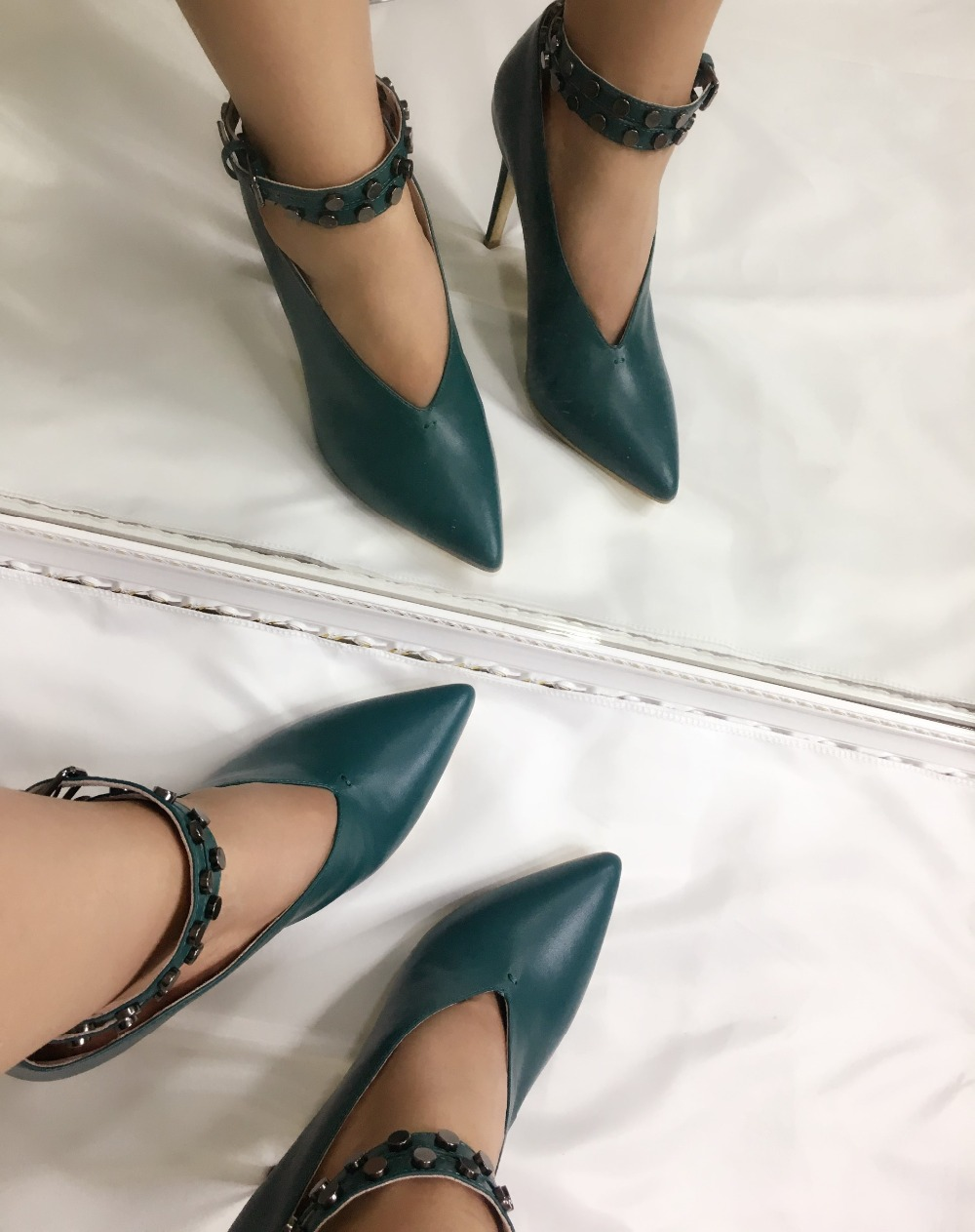 2018 Spring NEW Women Ankle Strap Buckle Pumps Studs Pointed Toe Shoes Party Sexy Real Leather High Heels Bottle Green Handmade de la chance spring fashion buckle 2018 women pointed toe high heels sexy ultra high heel party dress nude pumps shoes woman