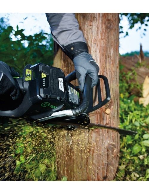 US $624 0 48% OFF|2017 NEW ARRIVAL greenworks 18'' GREENWORKS 82V  COMMERCIAL CHAINSAW Battery Chainsaw low noise levels and brushless  motor-in