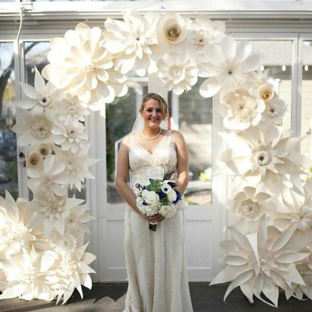 50PCS Mix Sizes & Styles Cardboard Giant Paper Flowers For Showcase ...