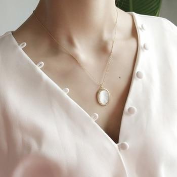 dbc720b47661 925 joyas de plata esterlina Oval colgante cadena de oro Natural madre de perla  Shell Collar