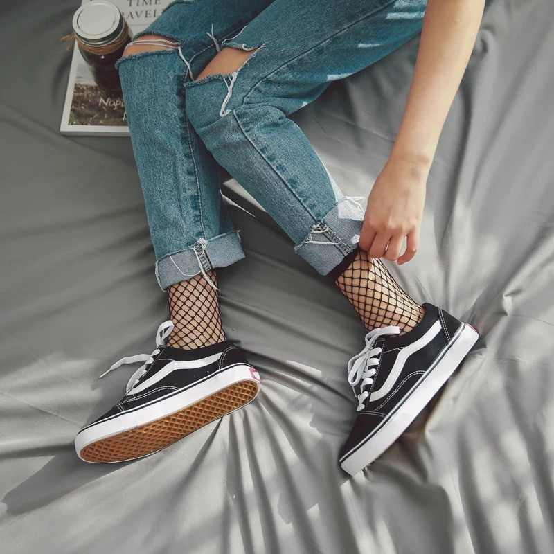 Hot Sale Sexy Women Socks 2018 Fashion Ruffle Fishnet Ankle