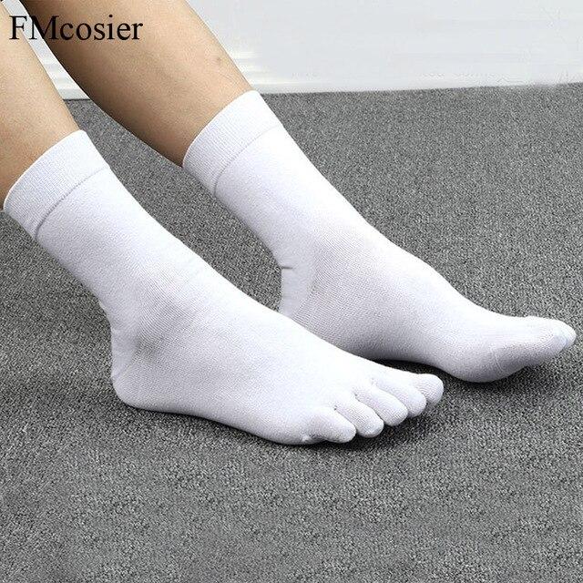 10 Pairs אביב קיץ באיכות גבוהה מצחיק כותנה 5 אצבע הבוהן שמלת גרביים לגברים השומר Socken שחור לבן 39 40 42