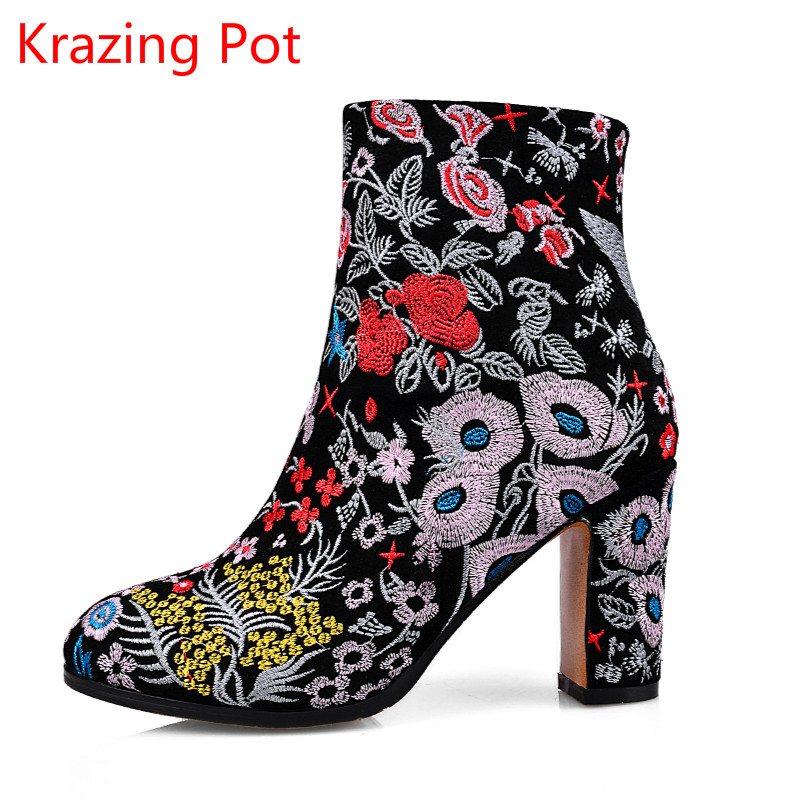 2017 Fashion Women Brand Winter Shoes Embroidery High Heel Round Toe Floral Women Ankle Boots Thick Heel Chinese Style Boots L30 shiningthrough 2018 round toe cow leather solid nude women ankle boots thick heel brand women shoes causal motorcycles boots