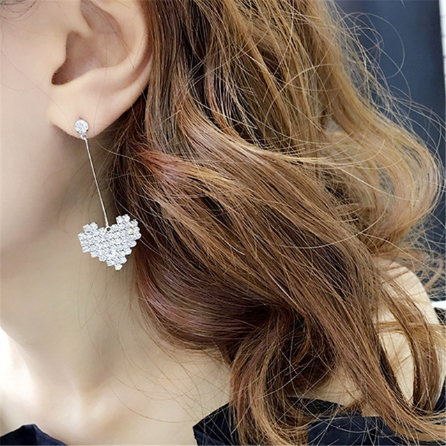 2018 New Korean Hollow Multicolor Rhinestone Star Love Heart Stud Earrings  for Women Cute Fashion Girl 874e0f87582e
