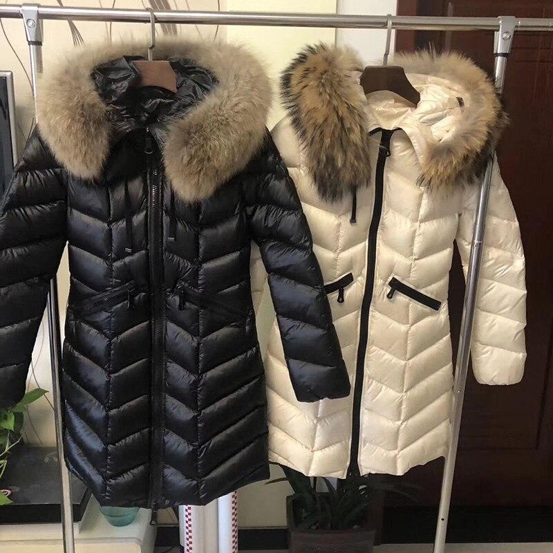 Пуховая куртка женщин 02