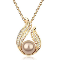 New 2017 Factory direct Sale Austria Crystal freshwater Pearl Pendant Necklace silver Plated Nickel Free Women Necklace
