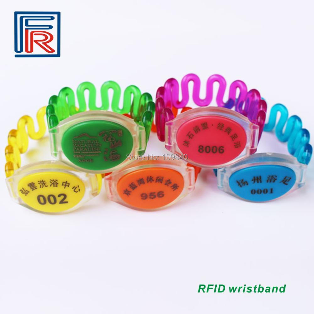 Купить с кэшбэком 100pcs/lot Waterproof ABS RFID 13.56Mhz Wristbands Bracelet with FM1108 (S50) in Swimming Pool and Access Control