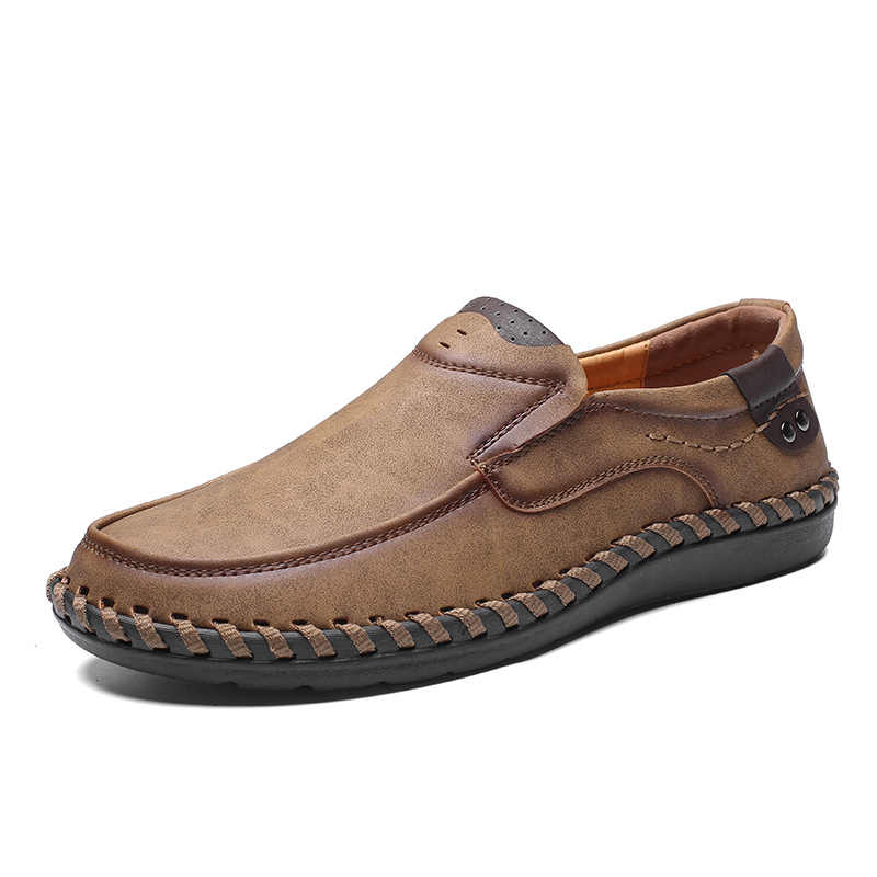 19cdcdfa016 Men Casual Driving Shoes 2019 Leather Loafers Shoes Men Fashion Handmade  Soft Breathable Moccasins Flats Slip on Footwear Male