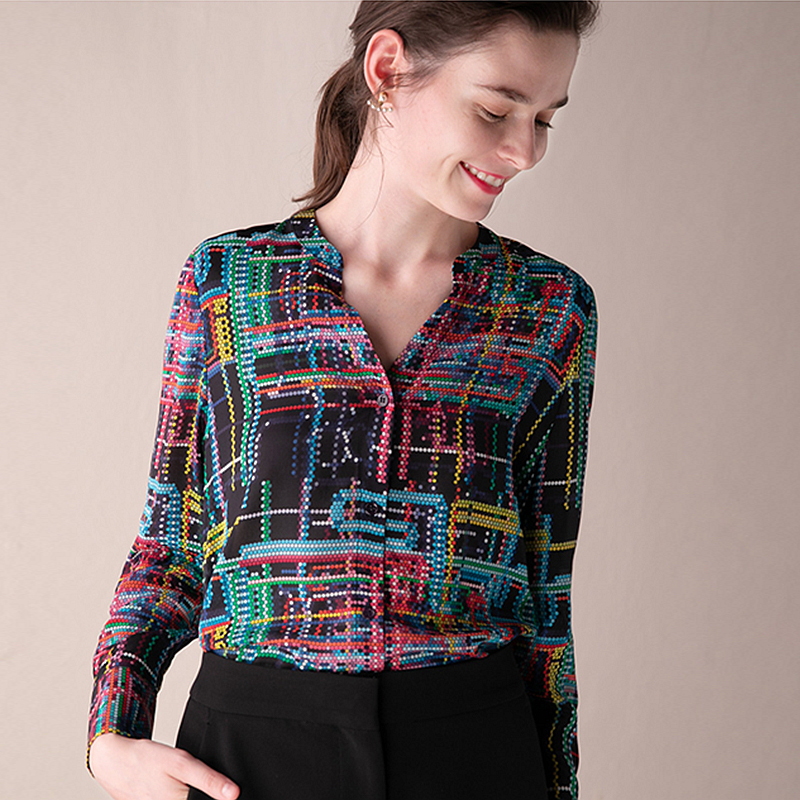 Kadın Giyim'ten Bluzlar ve Gömlekler'de 100% Ipek Bluz Kadın Gömlek Baskılı Zarif Tasarım V Boyun Uzun Kollu Hafif Kumaş Iş En Yeni Moda Bahar 2019'da  Grup 1
