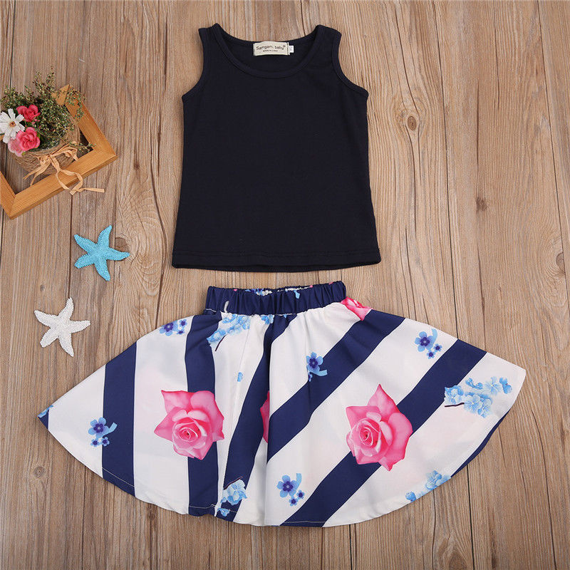 2PCSSet-Family-Match-Clothes-Mother-and-Daughter-Summer-Sleeveless-Vest-TopsFloral-Skirt-Outfits-Matching-Clothing-4