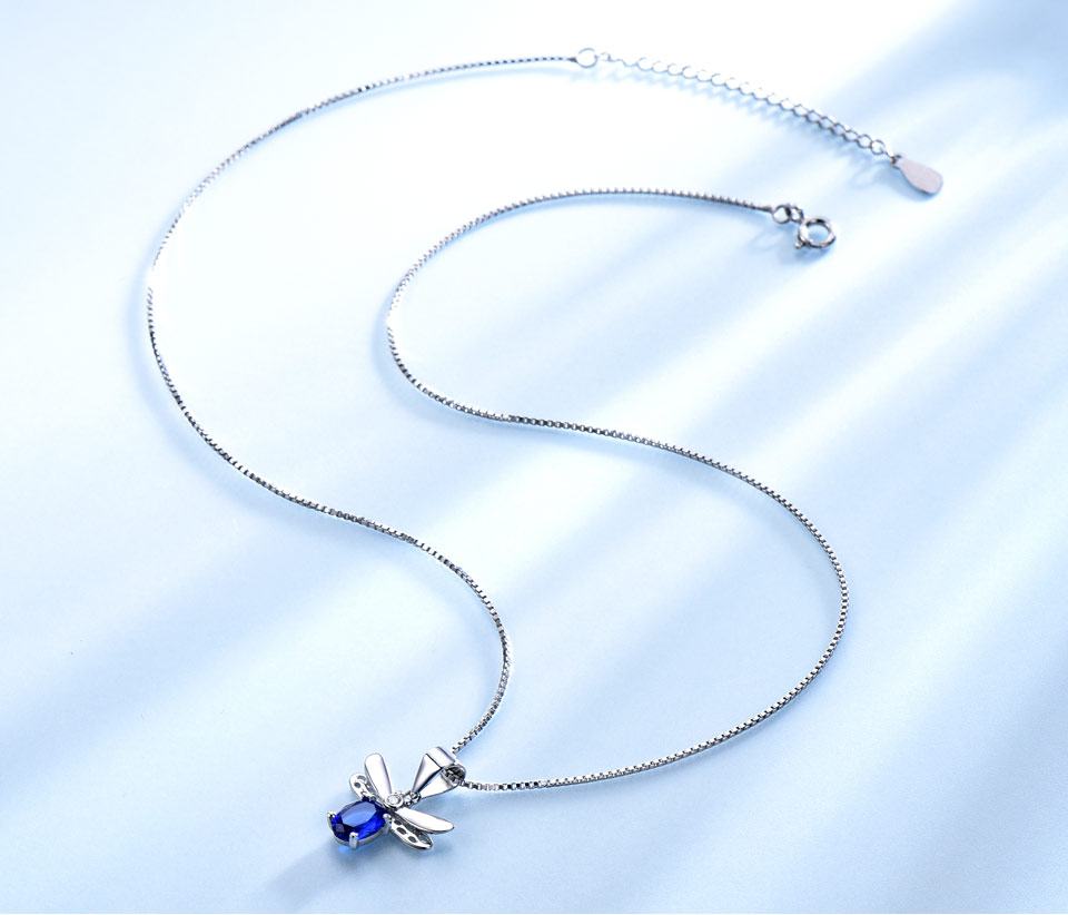 UNCHO blue saphire bee pendant for women -NUJ039S-1 (3)