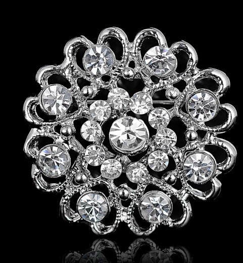 10pcs lot mix type Brooches Wedding Bijoux Wedding Broches Fashion Vintage Women Rhinestone Brooch Crystal Flowers