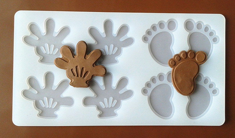 FXC004 8 even Cartoon Palm and Foot Shape Silicone Chocolate Mold Chocolate Chip Card Cake Decoration Mold