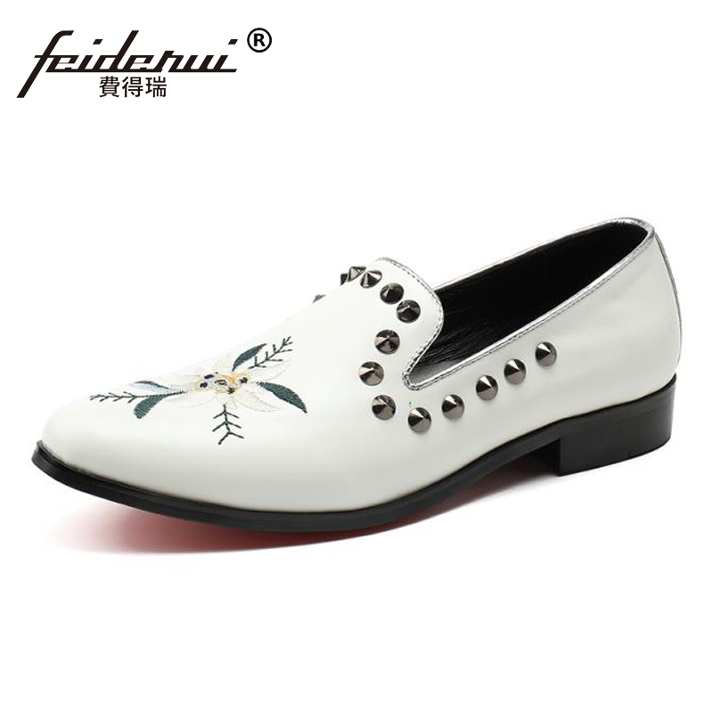 Plus Size White Round Toe Man Studded Moccasin Loafers Genuine Leather Embroidery Comfortable Party Mens Casual Shoes SL33Plus Size White Round Toe Man Studded Moccasin Loafers Genuine Leather Embroidery Comfortable Party Mens Casual Shoes SL33
