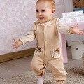 Tela de Primavera recién nacido Otoño Ropa de Bebé Ropa de Bebé de algodón orgánico de color Natural del algodón Pijama de Manga Larga Mamelucos A0067