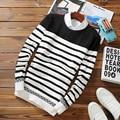 Полосатый Мужские Свитера 2016 Новая Мода Мужские Свитера и Пуловеры о-образным вырезом Черный Белый Хлопок Slim Fit Вязаный Свитер Мужчины 2XL 50