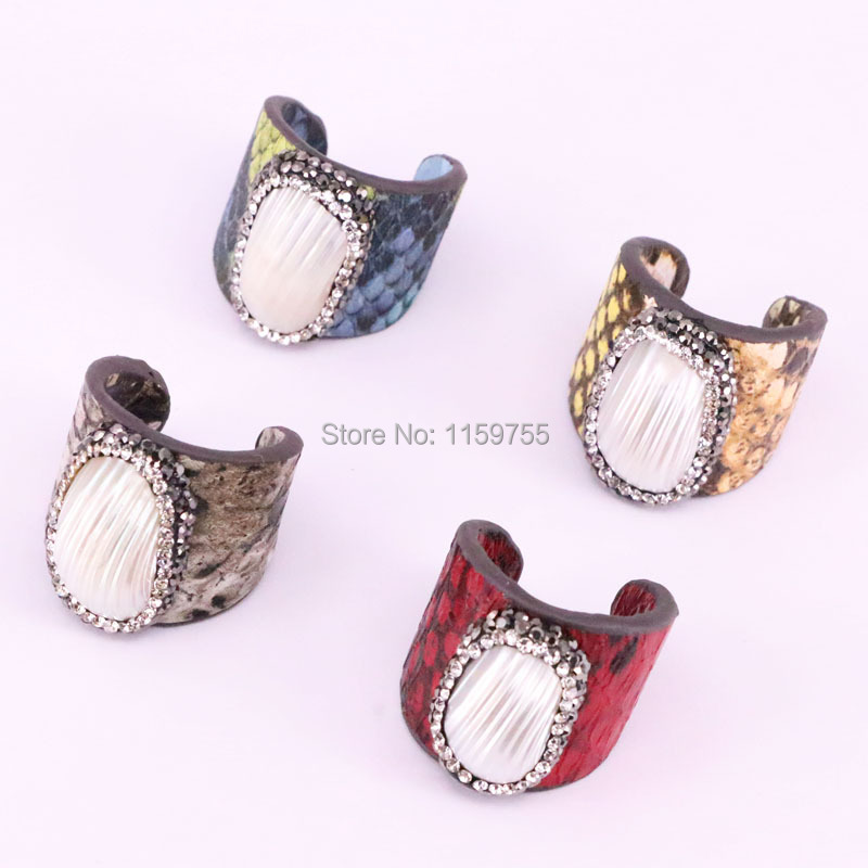 10pcs crystal rhinestone pave natural shell rings wholesale jewelry handcrafted mix colors fishskin fashion rings for