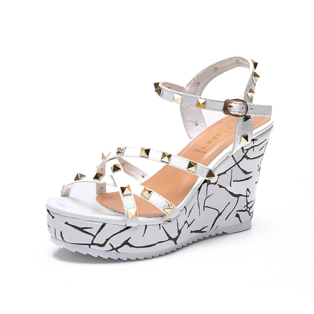 Zapatos Mujer 2018 Shoes Woman Sandals Wedge Summer Lady Fashion High Heels Sandals Elegant Rivets Women Shoes Platform Wedges 30