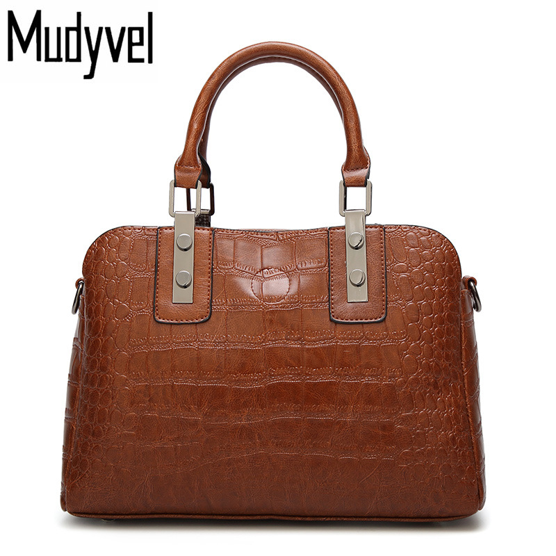 New Women Bag High Quality Leather Retro Women handbags Crocodile pattern simple shoulder Messenger bags Cross section Hand bag free delivery genuine leather women bag 2016 new simple casual shoulder bag crocodile pattern messenger bag