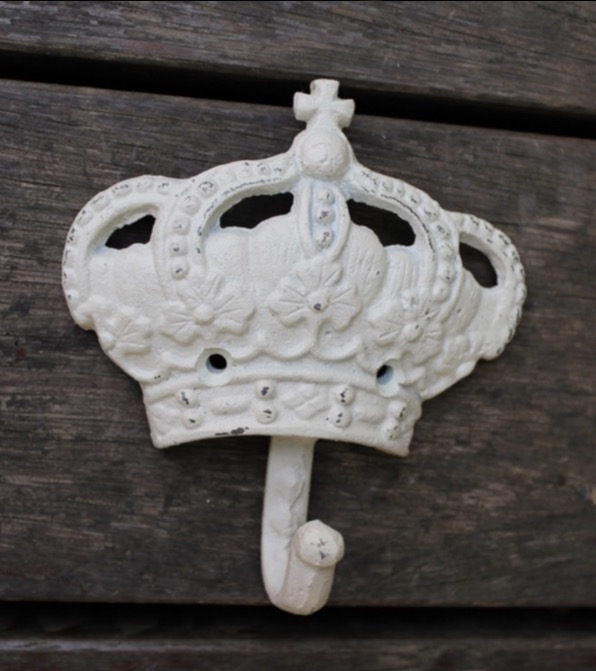 1pcs  13x13cm Retro Cast Iron Clothes Crown Hook Wall Decoration