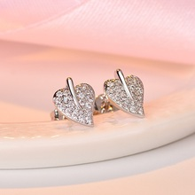 2019 New Fashion White AAA Zircon Leaf Stud Earrings For Women Ladies Girls Birthday Party Gifts Jewelry Wholesale