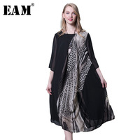 EAM 2018 Spring New Fashion Three Quarter Sleeve Round Neck Printing Loose Big Size Chiffon