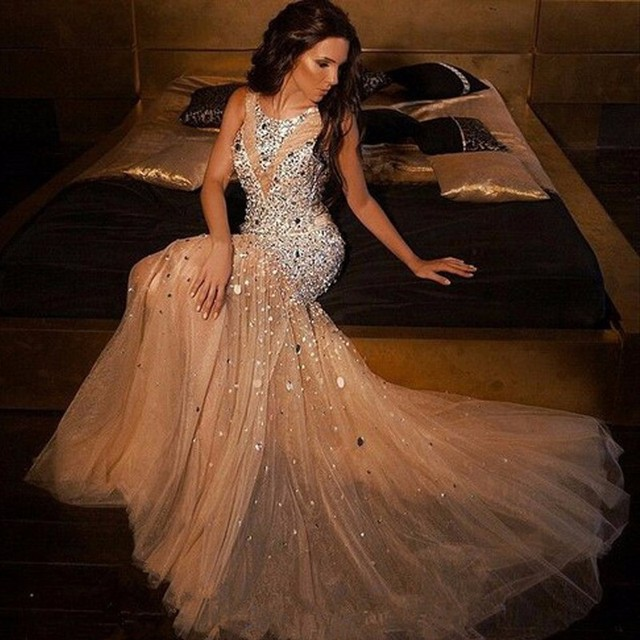 f345f022dd8 Nuevo Brillante Cristalino Moldeado de La Sirena Vestidos de Baile 2017 Plus  Size Champagne Tul Vestidos