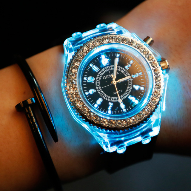Fashion Led Watch Led Light Lovers Watch Silicone Strap Men Quartz Wristwatches Clock Women Casual Montre Femme Reloj Hombre