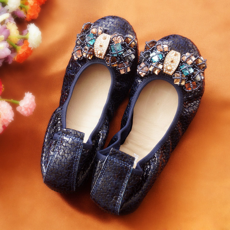 2017 Genuine leather women colorful Rhinestone Ballet Flat heel Shoes fashion brown Comfortable leisure Pointed Toe shoes black red 2015 full grain leather women s summer comfortable shoes pointed toe rhinestone fashion flat heel shoes for women