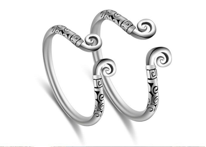 1Pcs Adjustable Size Totem Ring for Lovers Antique Carved Thai Silver Ring Couples Jewelry Accessories Engagement Ring