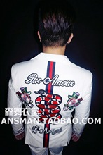 Original design of male nightclub singer DJ GD with the same heavy industry embroidery flower snake white suit costumes