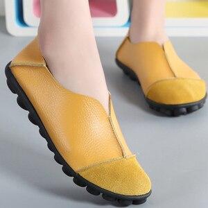 Image 5 - Zapatos planos de piel de vaca auténtica para mujer, mocasines suaves de talla grande 41 43, calzado antideslizante de superestrella