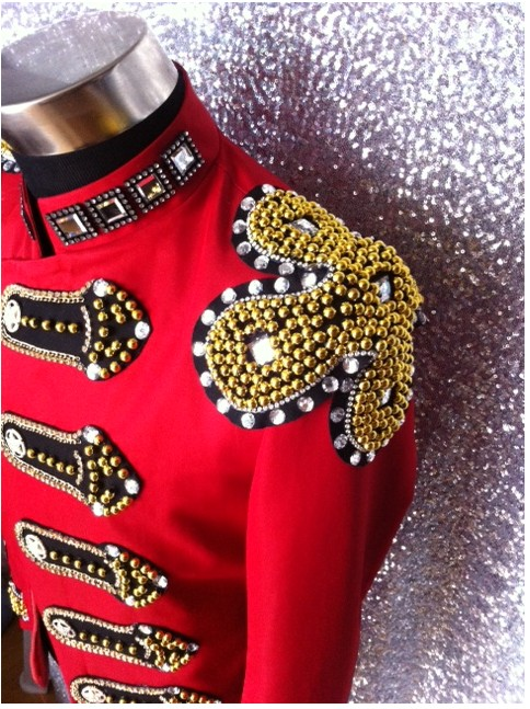 Customized Fashion White Crystals Diamond Royal Suit Jacket Costumes Male Nightclub Singer show performance Outfit Costumes