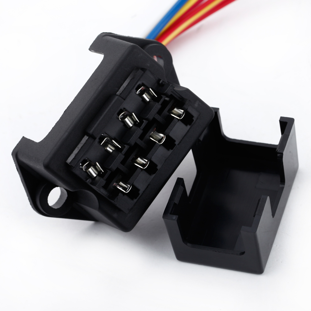 small resolution of 4 way fuse box 12v 24v max dc 32v circuit car trailer auto blade 12 volt fuse block 8 fuse 12v car fuse box