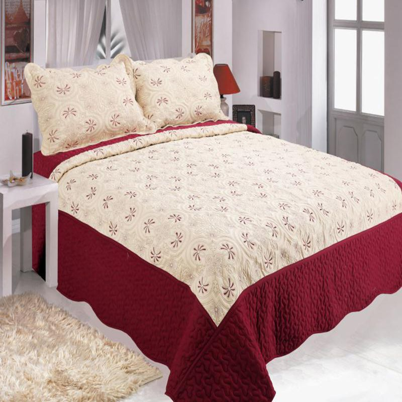 High-grade cotton quilted embroidery bed cover kit Comfortable warm bedding for families, three-piece bed cover High-grade cotton quilted embroidery bed cover kit Comfortable warm bedding for families, three-piece bed cover