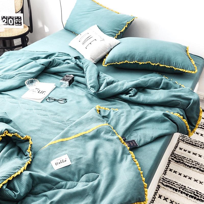 Fashion White Yellow Lattice Bed Quilt Comforter Washable